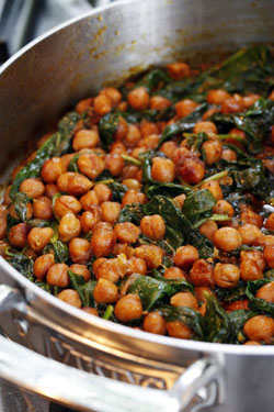 spinach chickpea and spinach curry chickpeas and spinach hot chickpeas ...