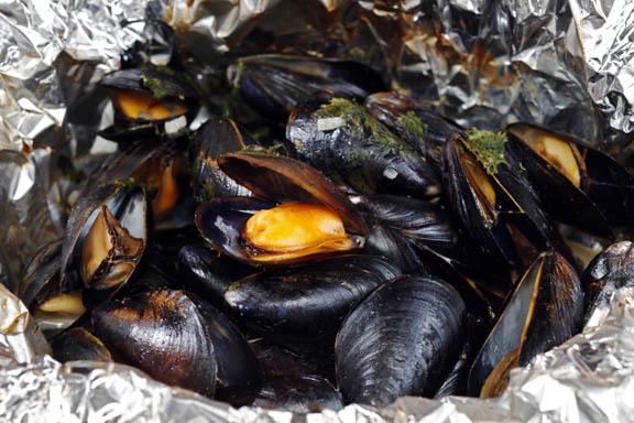 Foil-Pouch Coconut Curried Mussels