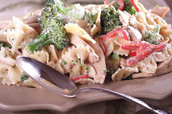Creamy Bow-Tie Pasta with Chicken and Broccoli