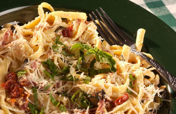 Sundried Tomato and Basil Pasta
