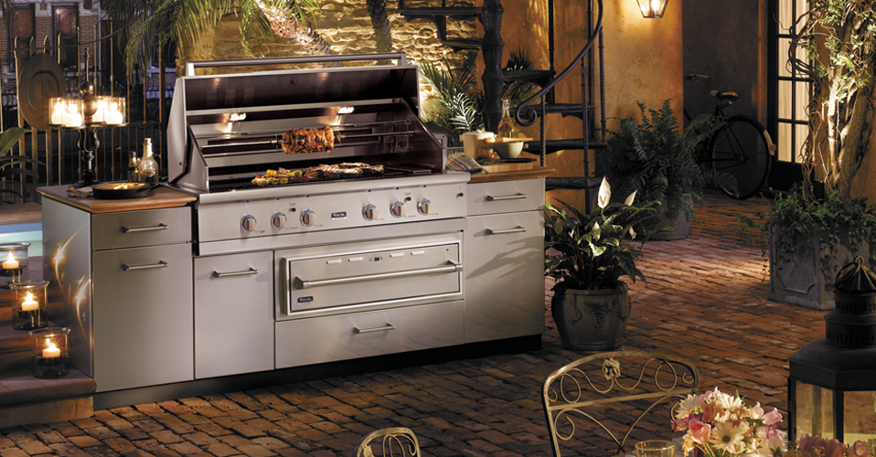 Viking range llc for Viking outdoor kitchen designs